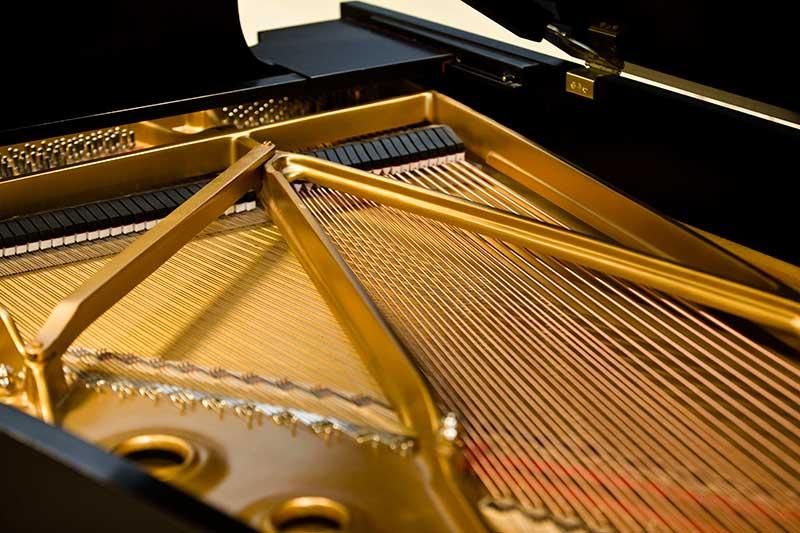 آشنایی با ساختار داخلی و مکانیزم پیانو های آکوستیک